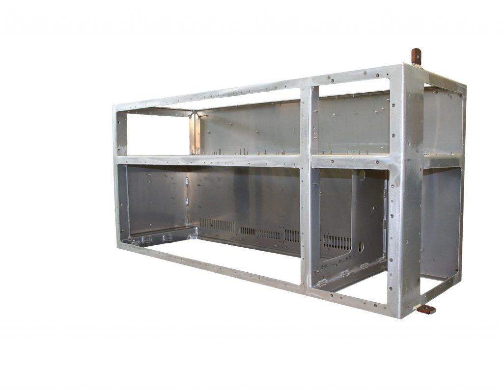 aluminium_maatwerk_kast_ondervloerbehuizing_frequentieomvormers